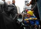Lord Vader straszy dzieci, powr�t taty, naprawd� drogi szampan, a Lewandowski u papie�a  [ZDJ�CIA TYGODNIA]
