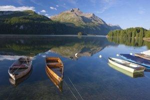 Ile kosztują wakacje w Szwajcarii z biurem podróży? Last minute już od 1200 zł. Porównaliśmy oferty czterech touroperatorów [PRZEGLĄD]