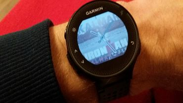 Test zegarka do biegania Garmin Forerunner 235