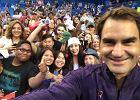 Roger Federer wraca z uśmiechem