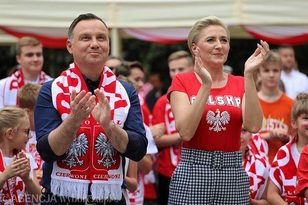 Mundial 2018. Podczas meczu Polska-Senegal wśród kibiców pojawił się Prezydent Andrzej Duda wraz z małżonką