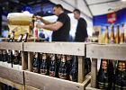 Pijemy coraz wi�cej piwa, ale gdy jest upa�, sprzeda� spada. Latem najch�tniej wybieramy radlery