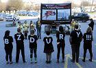 Fundacja Prawo do Życia protestowała pod szpitalem Rydygiera przeciwko aborcji. Z drastycznym plakatem