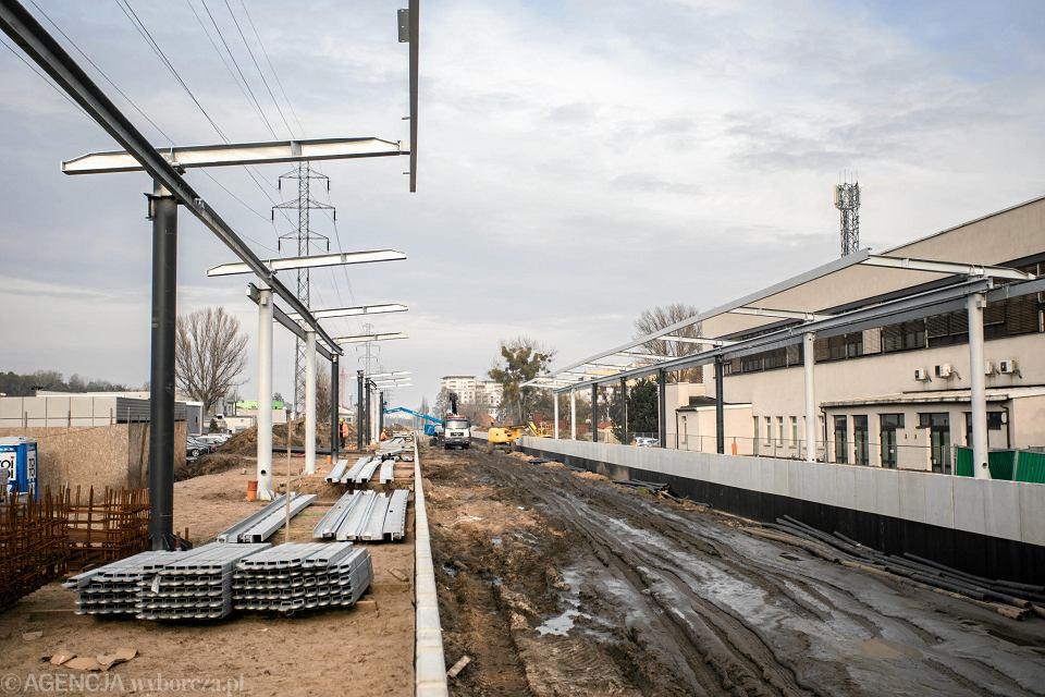 Budowa wiaduktu kolejowego nad ulica Obozowa