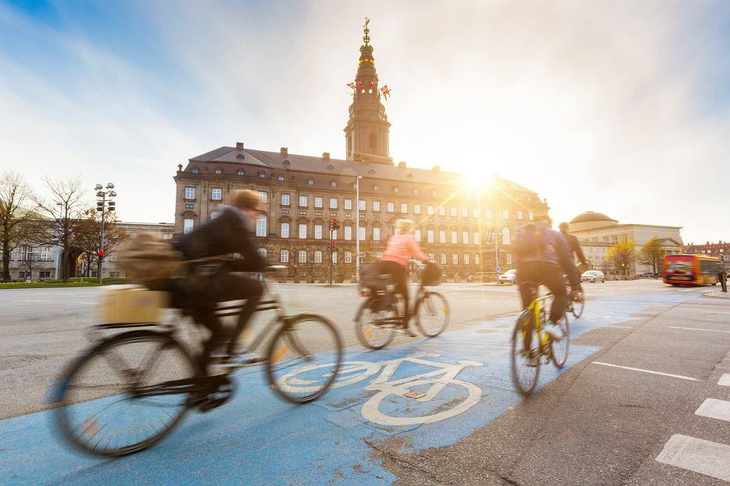 Duńczycy od wielu lat uchodzą za jeden z najszczęśliwszych narodów na świecie (fot. william87 / iStockphoto.com)