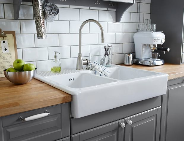 undermount sink with drainboard with P C5 82y I Kuchenne Na  C5 9bcian C4 99 on 1 Radius 30 Single Bowl With Offset Drain Right 1s30r besides 5 Absolut Vanligaste Misstagen Nar Vi Planerar Kok together with Its All In The Detail Chrome Or Brushed Nickel Finish Kitchen Tap For Your Stainless Steel Kitchen Sink moreover 205855340 together with Corner Kitchen Sink.