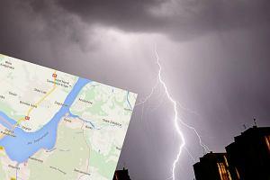 Niepor�t: piorun porazi� dwie osoby na pla�y. Schroni�y si� pod parasolem