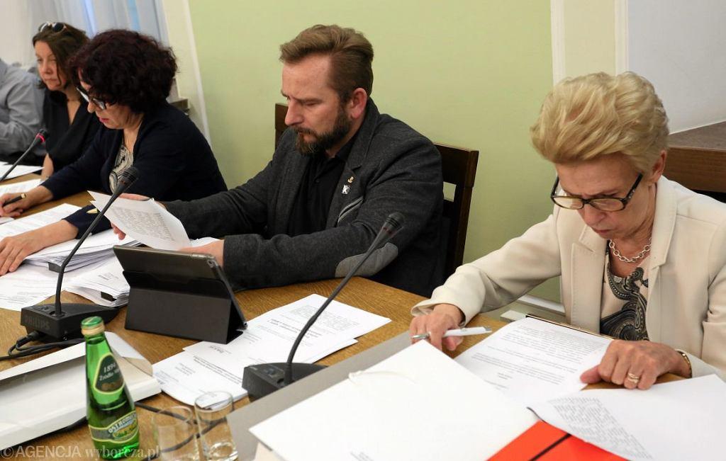 Iwona Śledzińska-Katarasińska podczas obrad podkomisji ds. ustawy medialnej (Fot. Sławomir Kamiński / Agencja Gazeta)