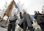 KORWiN manifestowa� na placu Wolno�ci w Poznaniu w sobot� w samo po�udnie - w porze demonstracji KOD i Stra�nik�w Demokracji (Nowoczesnej)