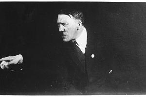Pan Hitler przemawia. Nowa biografia wodza III Rzeszy