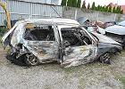 Znaleźli płonące auto, obok umierała 19-latka. Policja: Tak jej koledzy zacierali ślady