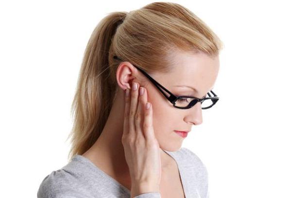 Zapalenia ucha zewnętrznego - problem sezonowy?