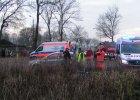 Tragiczny wypadek w Kamieniu Pomorskim. BMW wjecha�o w grup� ludzi. Sze�� os�b nie �yje