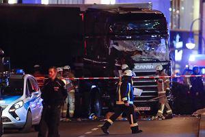 Die Welt: Sprawca zamachu w Berlinie wciąż jest na wolności