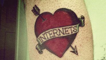 Miłość do internetu.