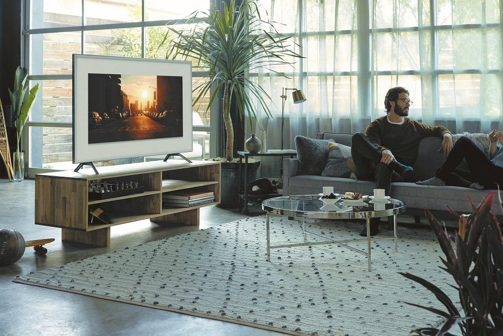 Telewizor Samsung QLED Smart TV 2018 to ogromne możliwości, niebywała jakość obrazu i nowoczesny design
