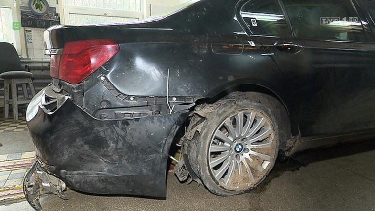 Pęknięta opona w prezydenckim BMW