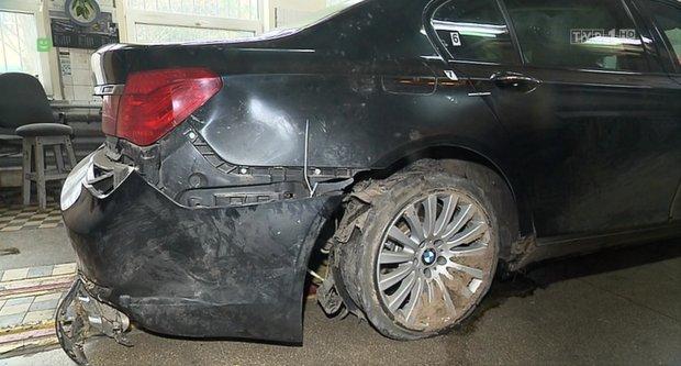 P�kni�ta opona w prezydenckim BMW