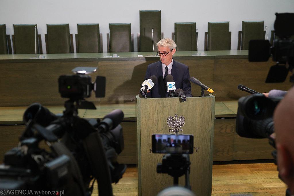 Rzecznik Sadu Najwyższego sędzia Michał Laskowski podczas konferencji prasowej (nt. oświadczenia pierwszej prezes SN Małgorzaty Gersdorf). Warszawa, 20 września 2018