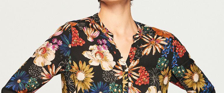 Sukienki w kwiaty to hit! Jesienne ubrania i dodatki ozdobione florystycznym nadrukiem