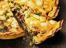 Tarta z groszkiem, fetą i kiełbaskami chorizo - ugotuj