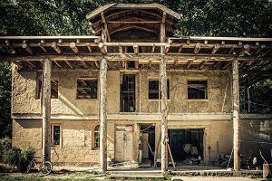 Zr�b sobie dom z gliny i s�omy