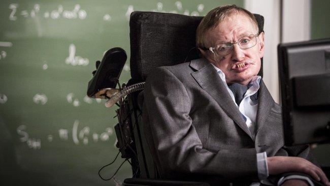 Stephen Hawking - najsłynniejsza osoba żyjąca ze stwardnieniem zanikowym bocznym