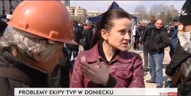 Kłopoty ekipy TVP w Doniecku. Kadr z materiału TVP