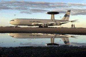 Samoloty AWACS - oczy i uszy NATO. Jeden z nich b�dzie lata� nad Polsk�