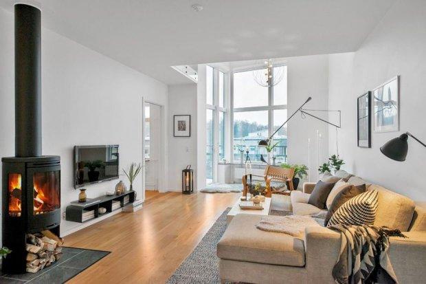Dwupoziomowe mieszkanie w stylu skandynawskim.