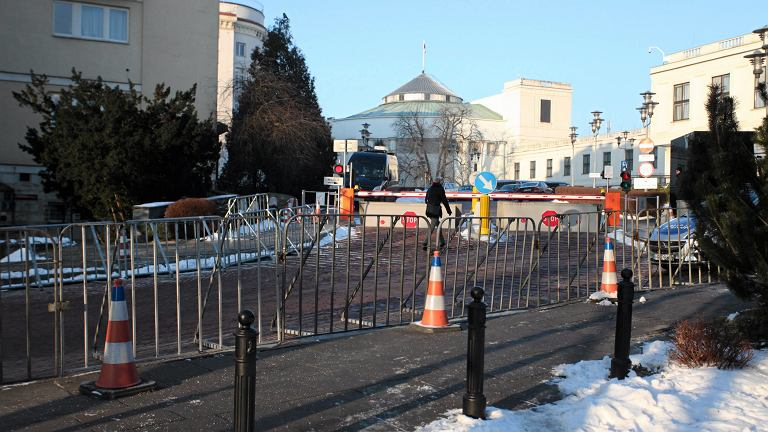 34 Posiedzenie Sejmu VIII Kadencji. Nowe barierki