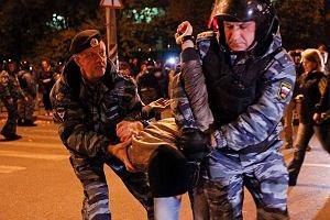 """""""Rosja dla Rosjan"""". 380 osób zatrzymanych po zamieszkach w Moskwie"""