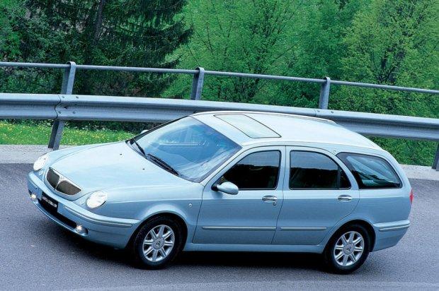 Lancia Lybra (1999-2005)