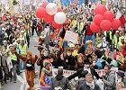"""Wielka demonstracja związków zawodowych w stolicy. """"Platformę zatopimy, a Donalda pogonimy"""" [ZDJĘCIA]"""