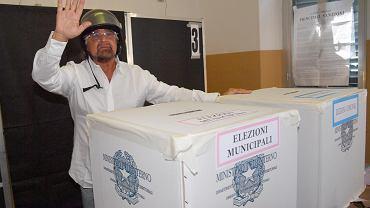 Beppe Grillo zagłosował w Genui