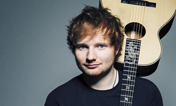 Znany brytyjski wokalista ponownie na szczycie. Ed Sheeran zdobył pierwsze miejsce na liście najchętniej słuchanych artystów. Muzyk w walce o podium pokonał m.in  Kendricka Lamara i Drake'a.