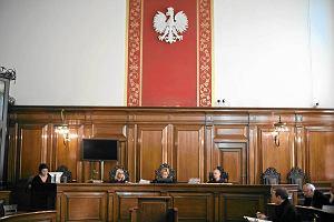 """""""Rz"""": S�dy w Polsce s� drogie i niewydolne"""