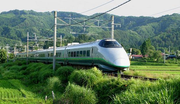 Japoński pociąg Shinkansen / fot. Shutterstock
