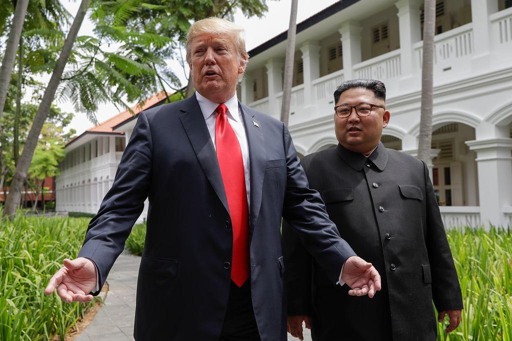 Donald Trum i Kim Dzong Un na szczycie w Singapurze
