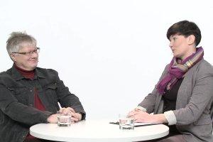 """Temat dnia """"Gazety Wyborczej"""": Przepis na idealny prezent wed�ug Maorys�w. Rozmowa Olgi Wo�niak z prof. Wojciechem Burszt�"""