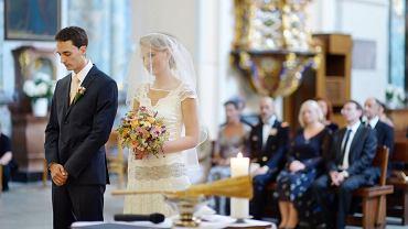Jak ma się ateista zachować na ślubie kościelnym?