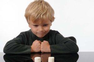 Twoje dziecko nie zdało testu cukierka? To wróży mu kiepską przyszłość, ale jest na to rada...
