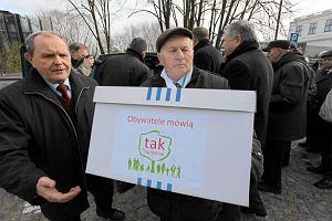 Dzia�kowcy broni� swoich ogrod�w: 920 tys. podpis�w pod projektem ustawy