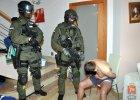 Policja zatrzyma�a 15 cz�onk�w tzw. grupy mokotowskiej [WIDEO]