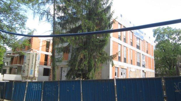 Tanie mieszkania w Polsce. Ale pracujemy na nie bardzo d�ugo