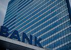 Oszczędności do banku czy do SKOK-u? Polacy zdecydowanie wybierają banki