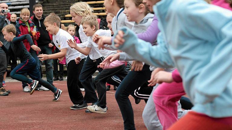 Dla dzieci bieganie jest jedną z najbardziej naturalnych form ruchu
