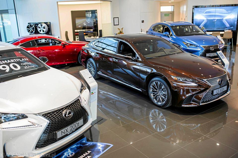 ponad p243� miliona nowych aut na horyzoncie w salonach