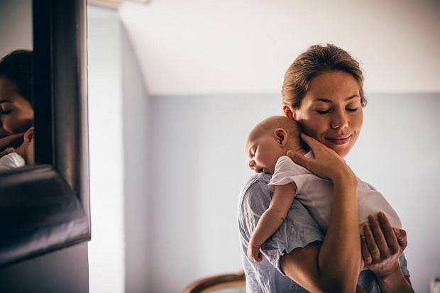 Prywatna opieka położnej lub lekarza przy porodzie