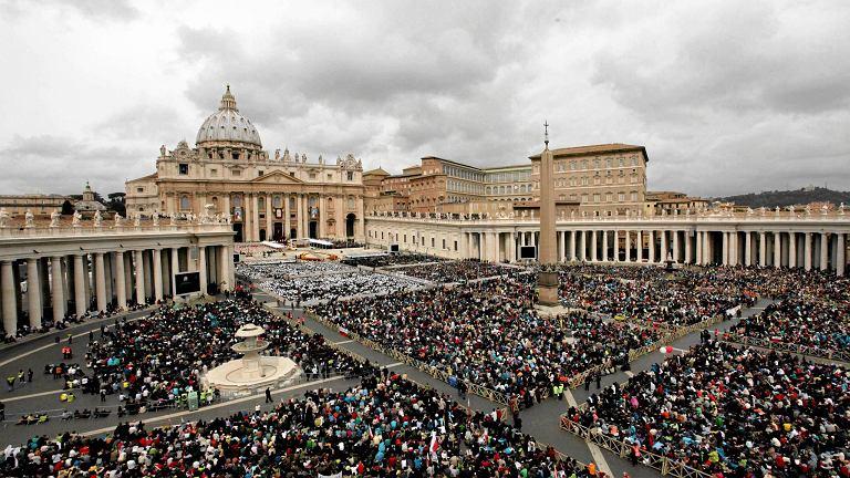 Watykan, pl. św. Piotra, msza kanonizacyjna Jana Pawła II